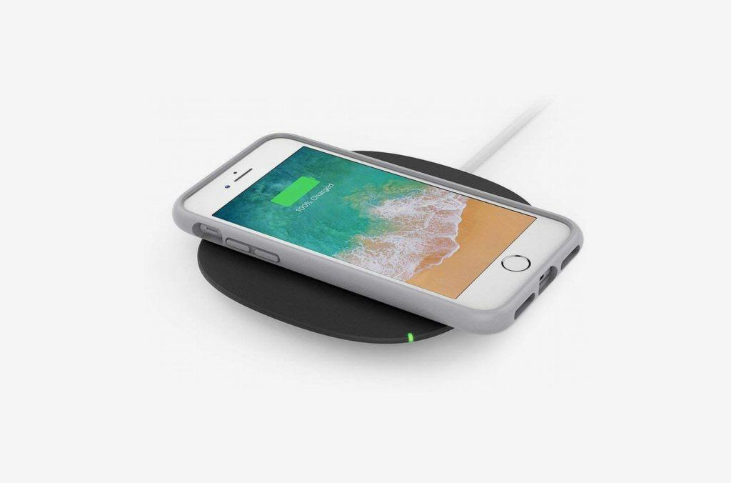 holiday tech gifts belkin wireless charging pad